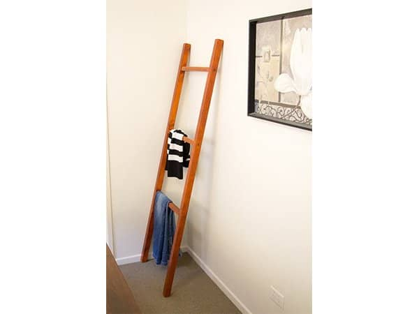 Ladder-Quilt-Rack