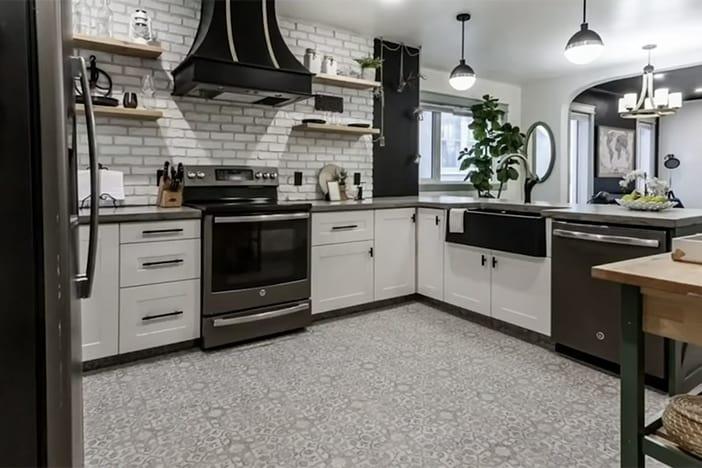 Budget-Friendly DIY Kitchen