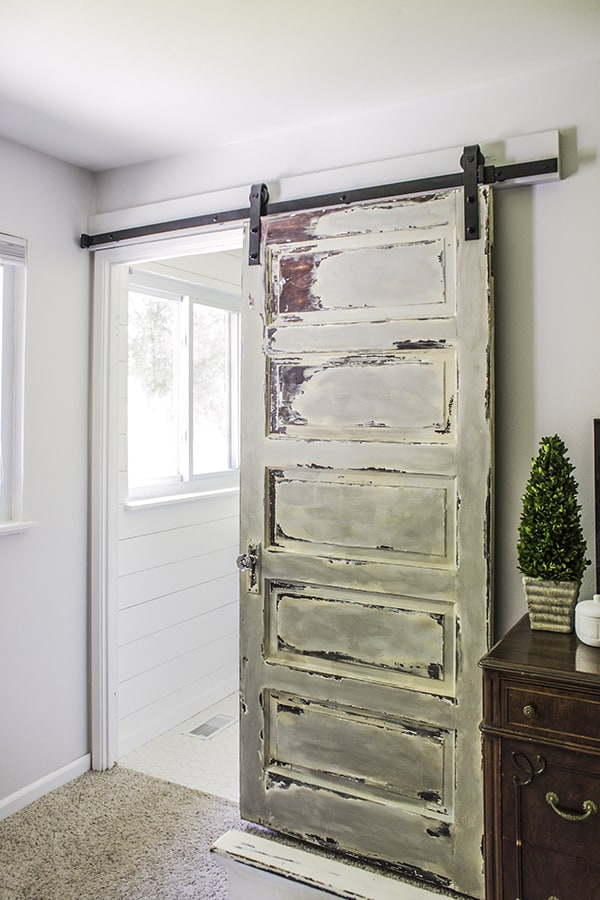 Master-Bathroom-Barn-Door