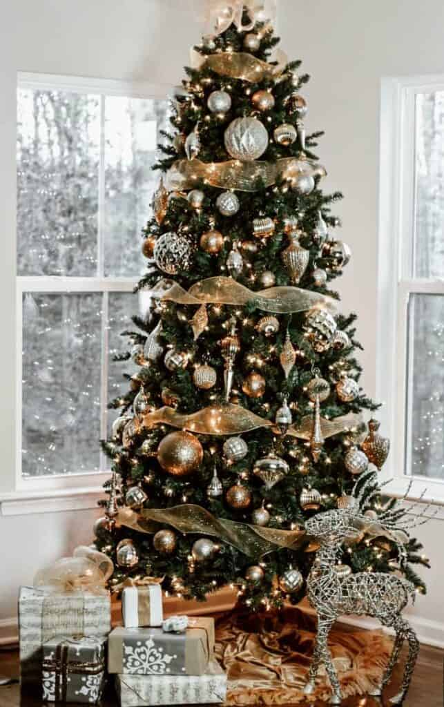 The Silver-Gold Christmas Tree