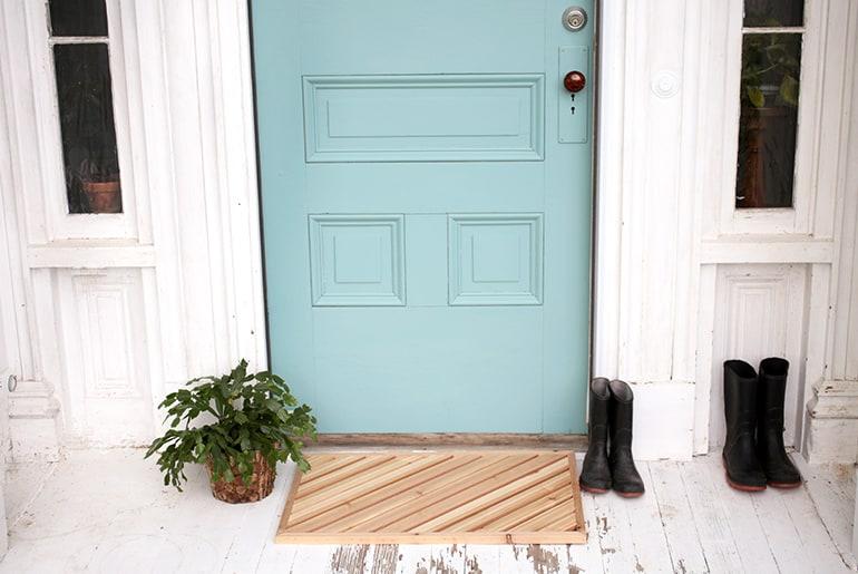 DIY Wooden Doormat