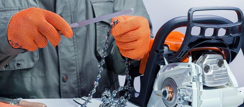 Bar-mounted guide sharpeners