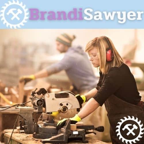 brandi sawyer using a tablesaw(1)